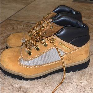 Boys Timberland boots. Size 2.5